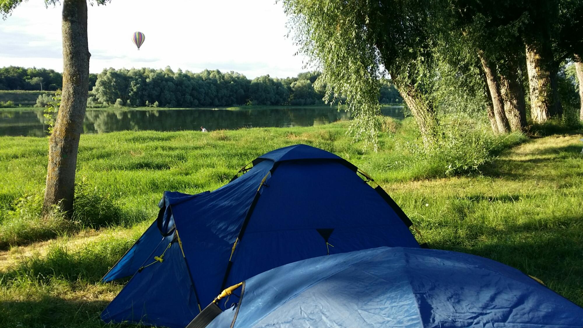 Ce soir camping au bord de la Loire à chaumont sur Loire - Ecoute ...